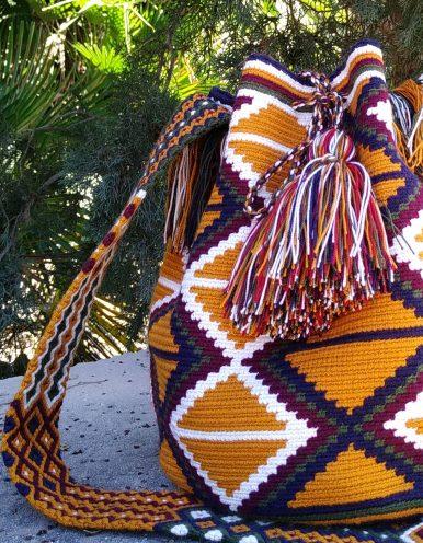 Bolso Wayuu Artesanal, Auténtico y Original (sólo 1 igual) con motivos tribales en marrón anaranjado, azul, verde, morado y blanco A