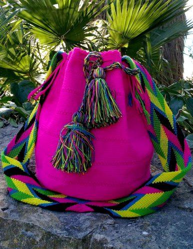 Bolso Wayuu Artesanal, Auténtico y Original (sólo 1 igual) liso en rosa, amarillo, verde, azul y negro B