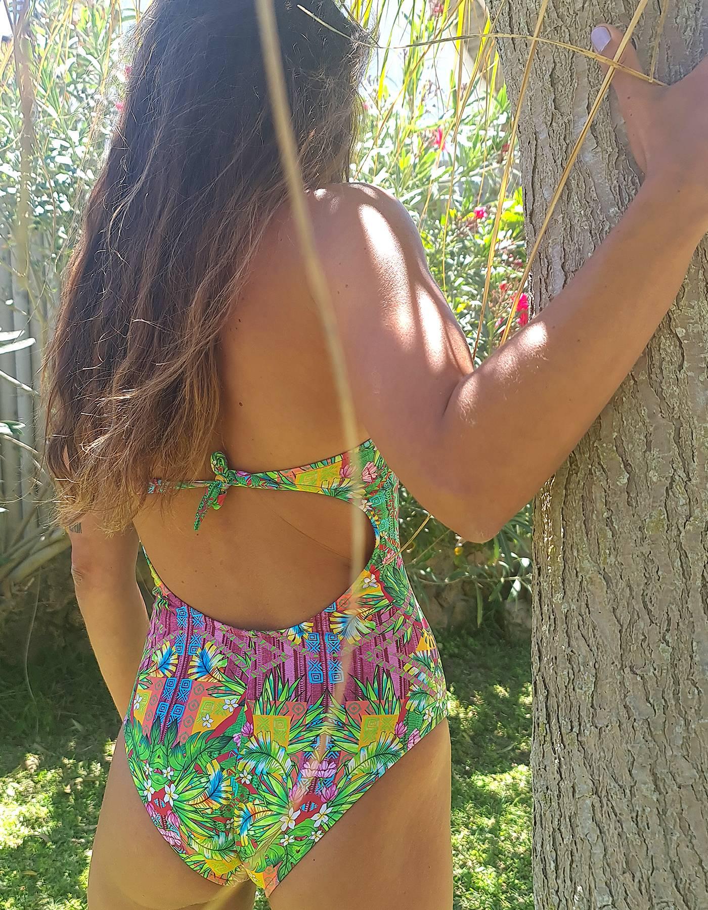 Bañador tropical copa suave ajustable broches-6027MAIOESTAMPADO68E-B
