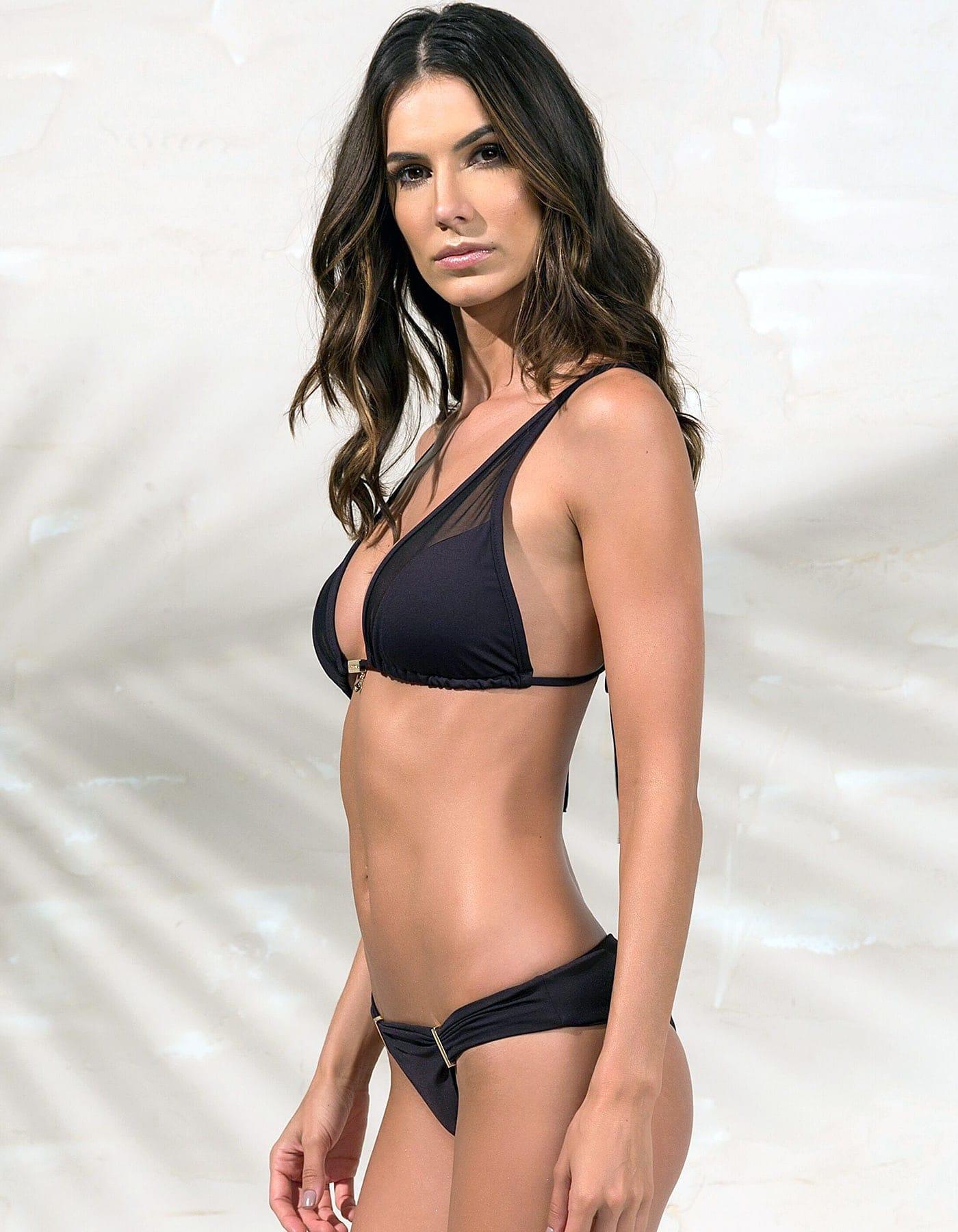 Bikini negro triángulo, tul y detalles dorados en Oro + Braguita Bikini negro con detalles dorados en Oro   Tube C