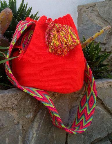 Bolso Wayuu Artesanal, Auténtico y Original (sólo 1 igual) liso en naranja, amarillo, granate, morado, verde y cian A