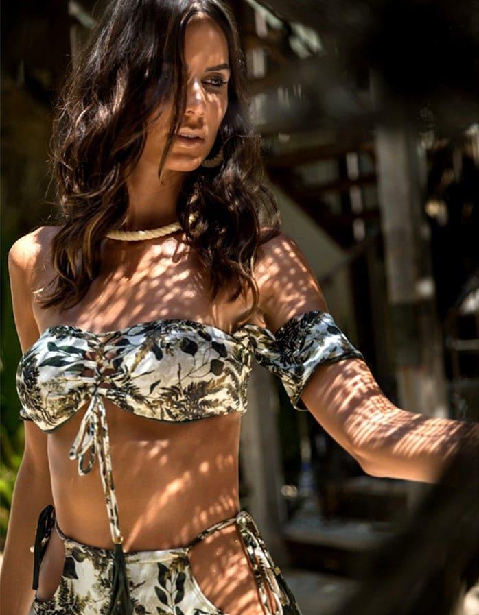 Braguita Bikini talle alto, estampado y Oro   Conjunto Namibia 2 C