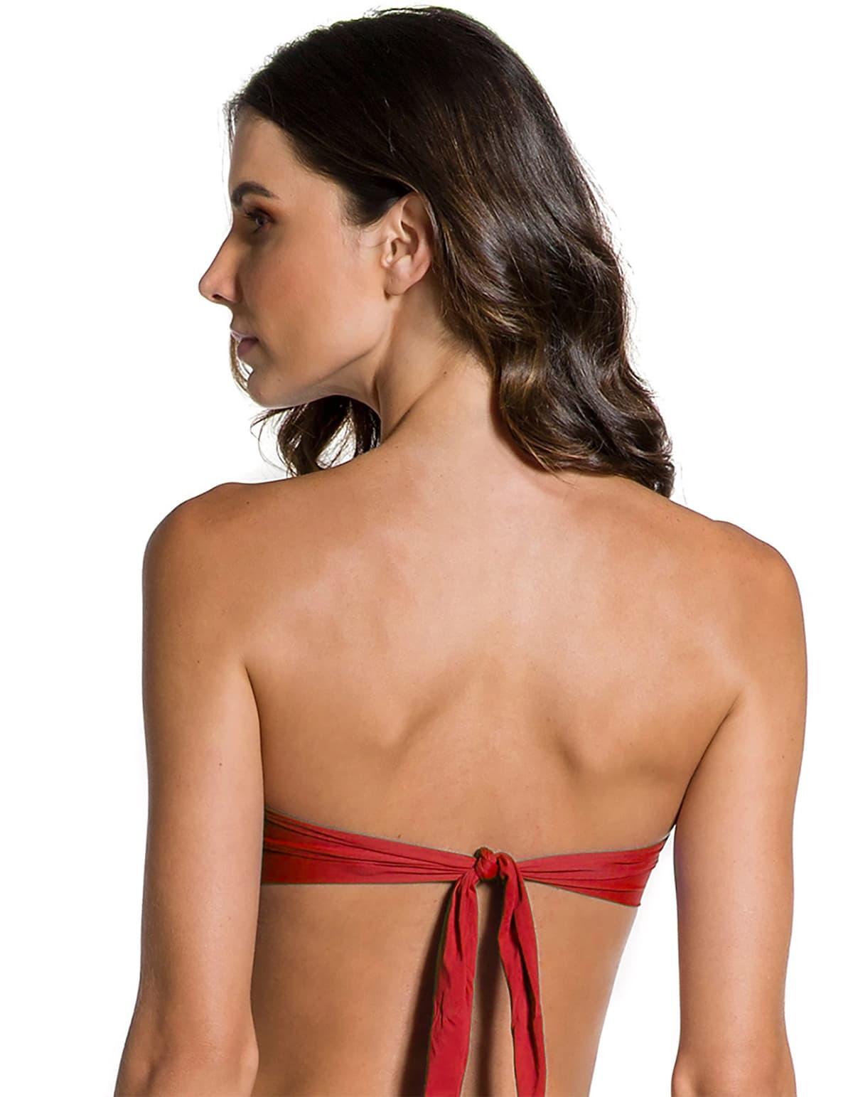 Top Bikini escote bandeau con broche dorado en Oro | 124 Rojo B