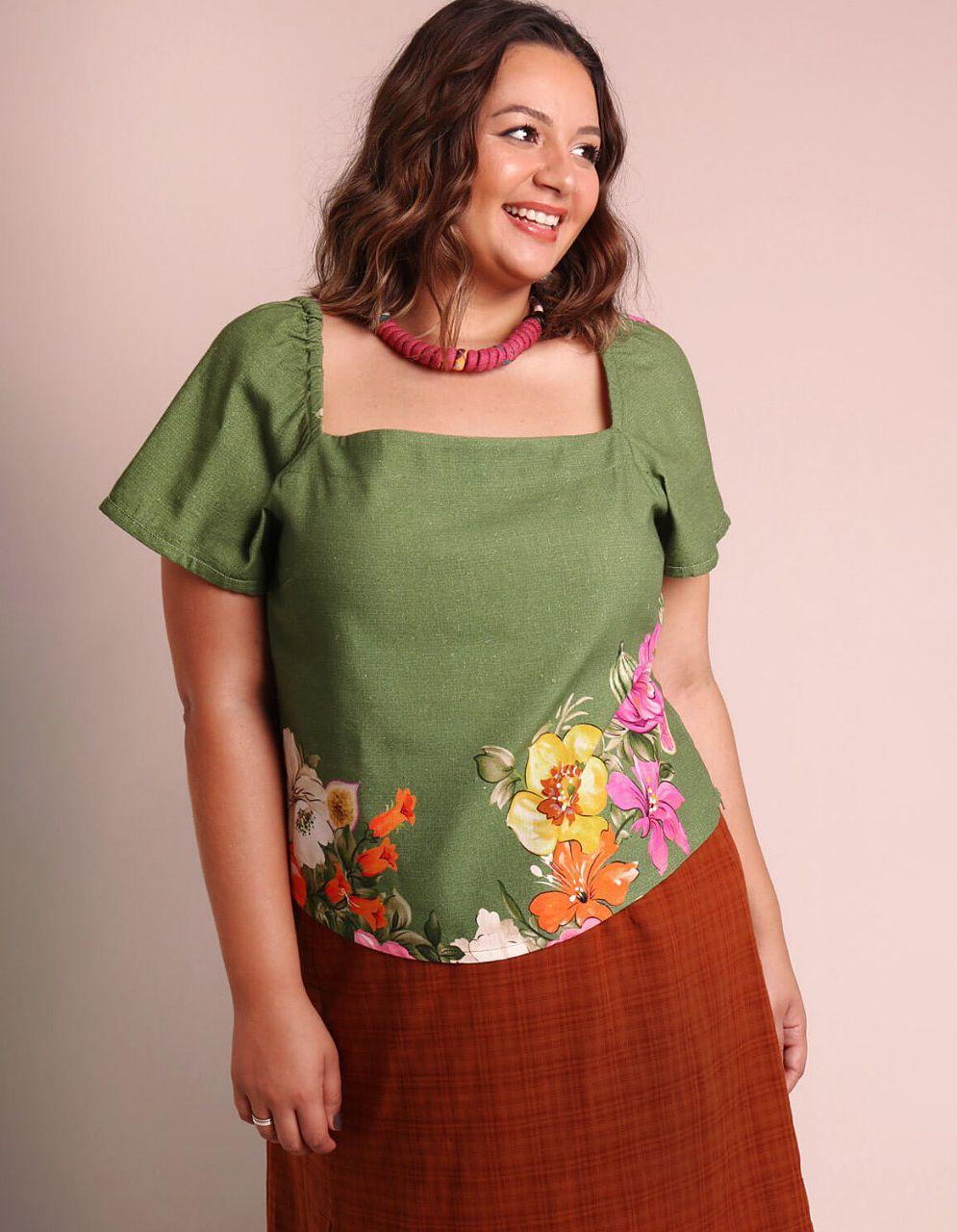 Blusa blanca o verde talla grande verano y manga corta Malagueta-57470MAL-A