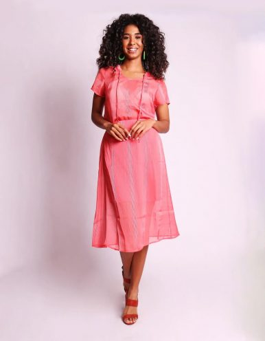 Blusa transparente de verano azul o rosa y manga corta Malagueta-72376MAL-E
