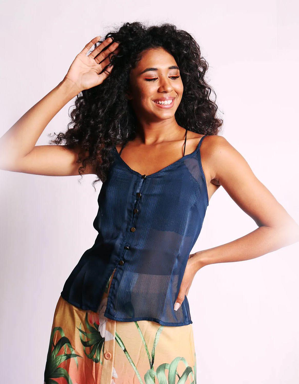 Blusa transparente plisada de verano azul o rosa sin mangas y con botones Malagueta-72377MAL-C