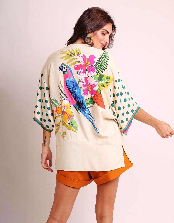 Kimono mujer negro o blanco de verano tipo pareo y estampa tropical | Malagueta