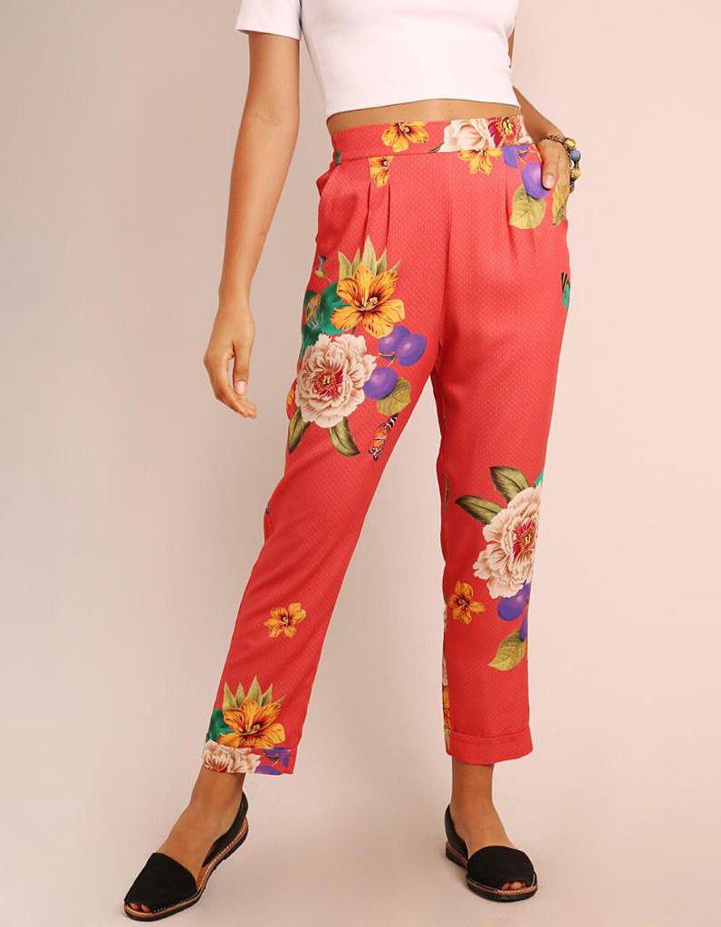Pantalón Capri verano verde o marrón tierra estampa floral con goma en cintura y bolsillos Malagueta-72131MAL-C