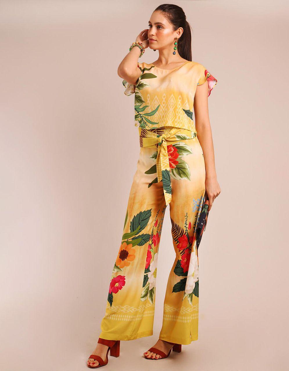 Pantalón largo verano azul o amarillo mostaza con abertura en piernas y cremallera lateral ajustable Malagueta-72084MAL-C