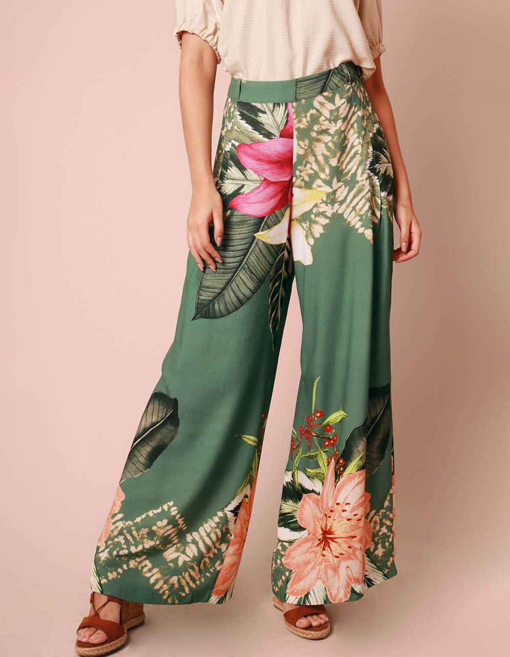 Pantalón largo verano verde o marrón estampa floral y cremallera lateral ajustable | Malagueta