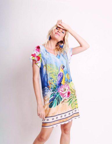 Vestido verano corto azul con estampa pictórica y escote en V Malagueta-72407MAL-A
