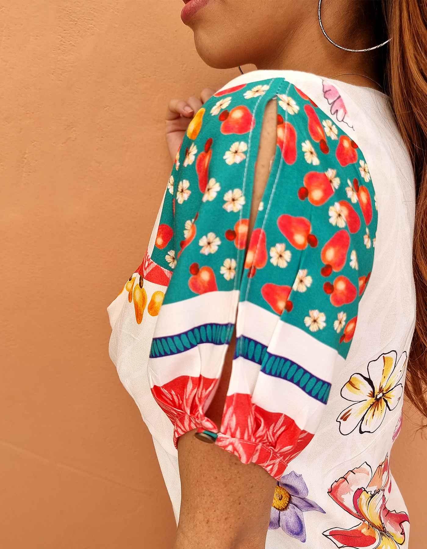 Vestido verano corto blanco o verde escote en V y estampa tropical Malagueta-E