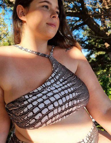 Top Bikini Plus Size cropped de un solo hombro Classic-A